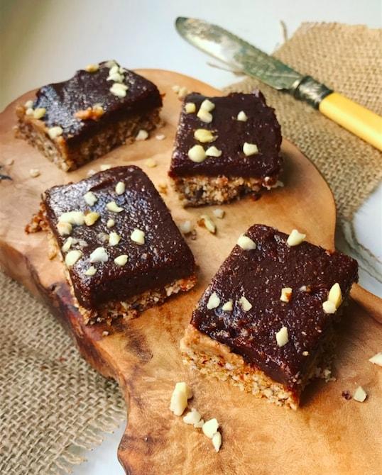 Raw Nutella & Pecan Squares – Sophie's Nutrition